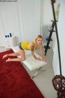 Горячие интим фотокарточки от сайта Brutalinvasion с молодой девушкой Arteya