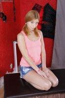 Бесплатные эротические фотокарточки от сайта Defiled18 с юной шалавой Mila Nuar