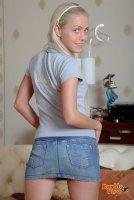 Горячие секс фотографии от студии DoubleViewCasting с юной шлюхой Chiara(18.09.10)