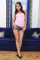 Горячие эротические фотографии с юной девкой Ferrera(06.08.11)